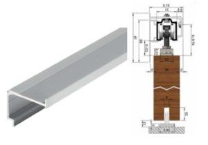 Montáž posuvných dveří na stěnu pomocí montážního profilu s krycím profilem